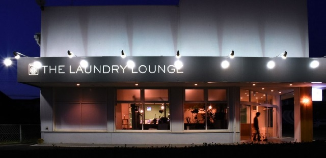 THE LAUNDRY LOUNGE