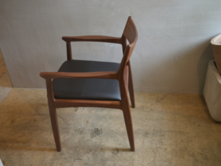 OWEN DINING CHAIR-4
