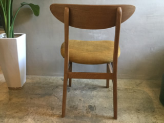 MARK CHAIR4